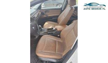 2011 BMW 3 Series full
